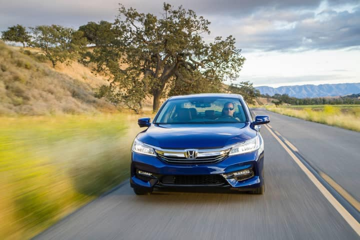 2017_Honda_Accord_Hybrid___38