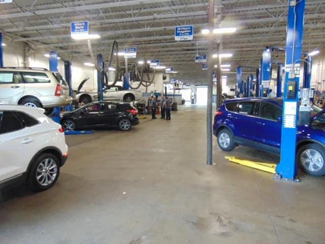 Service Center bays