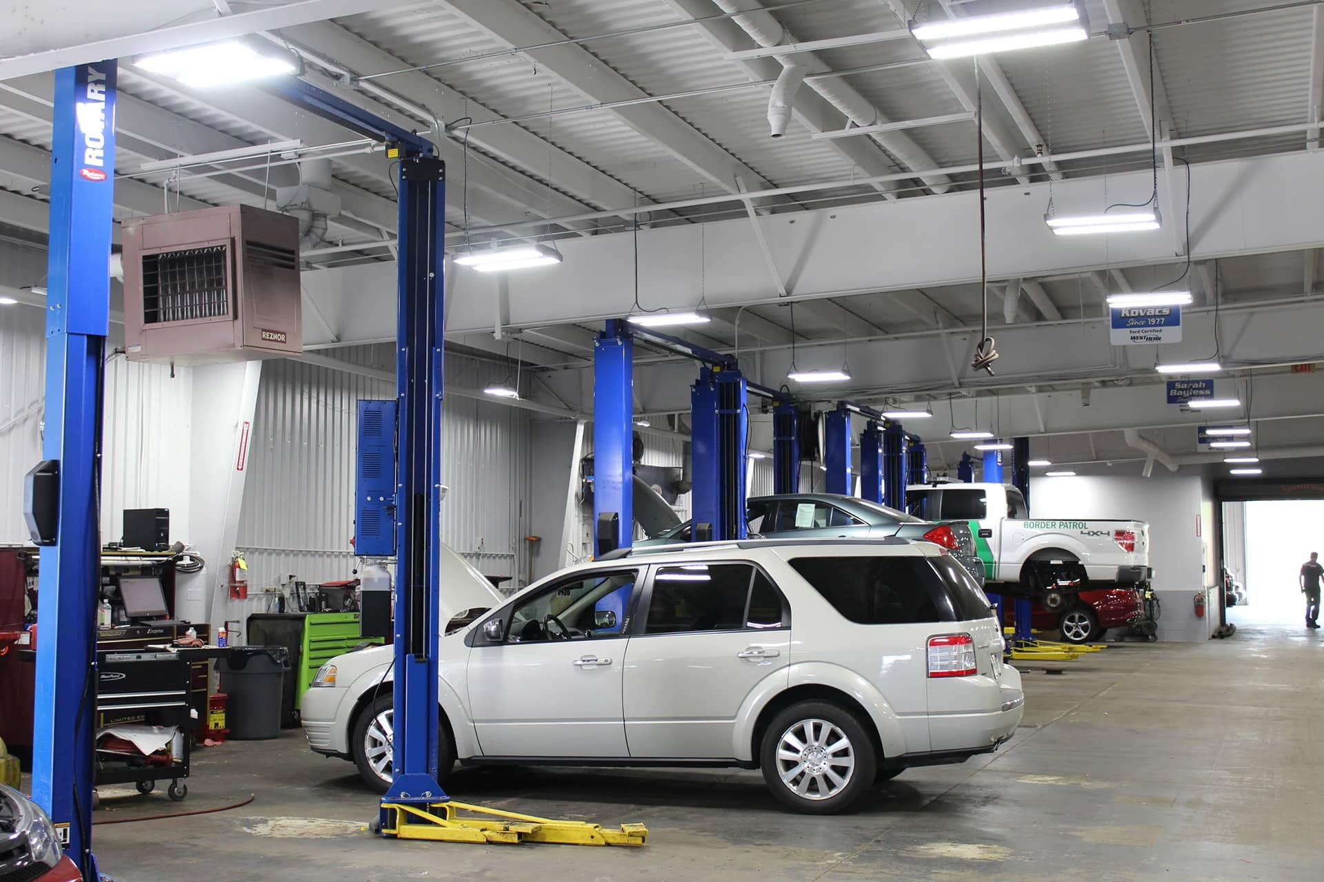 West Herr Ford of Rochester service bay