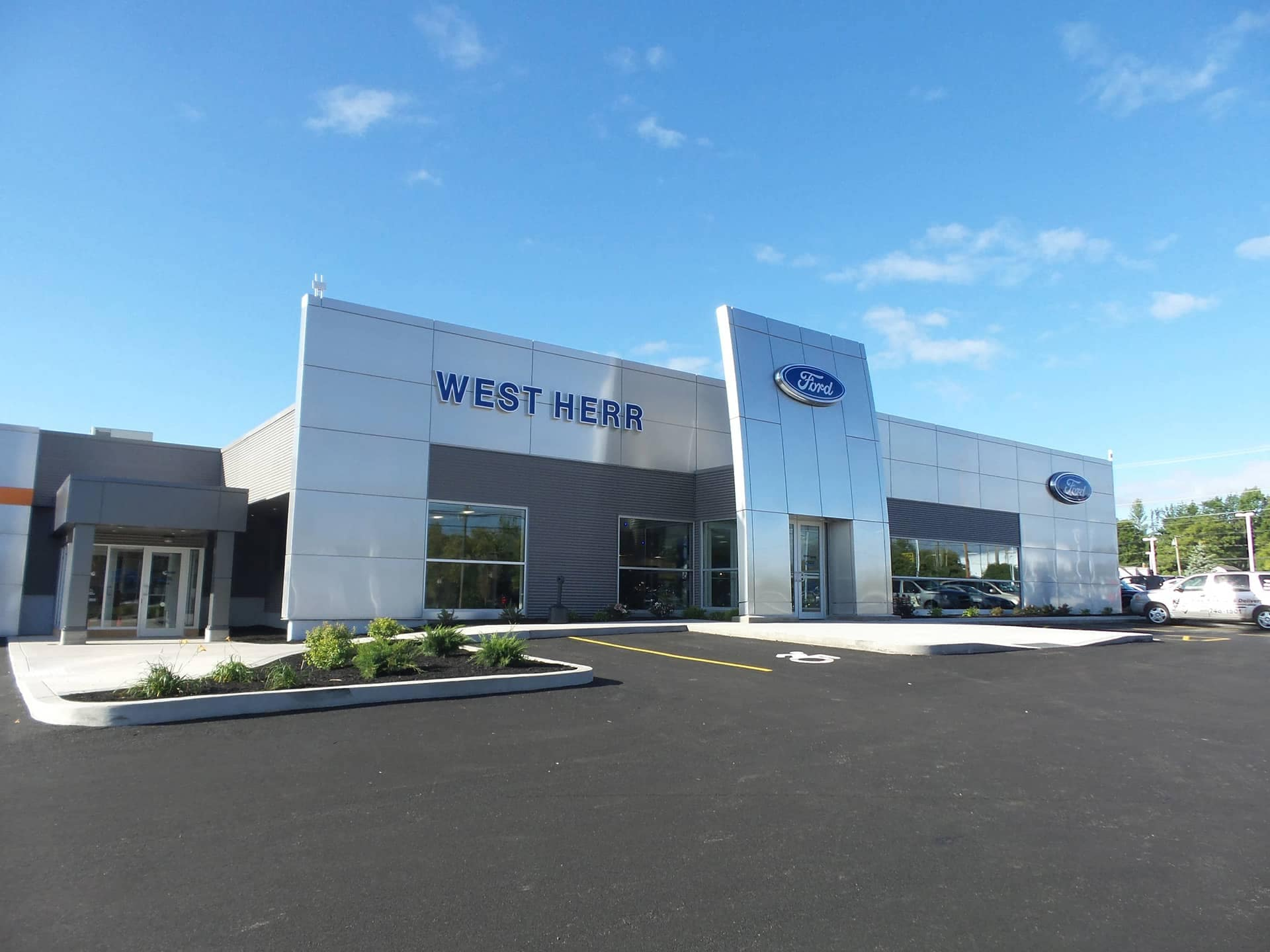 West Herr Ford of Rochester exterior of dealership
