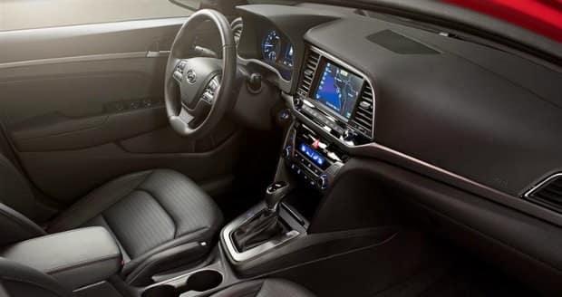 2017 Hyundai Elantra interior near Jackson MS
